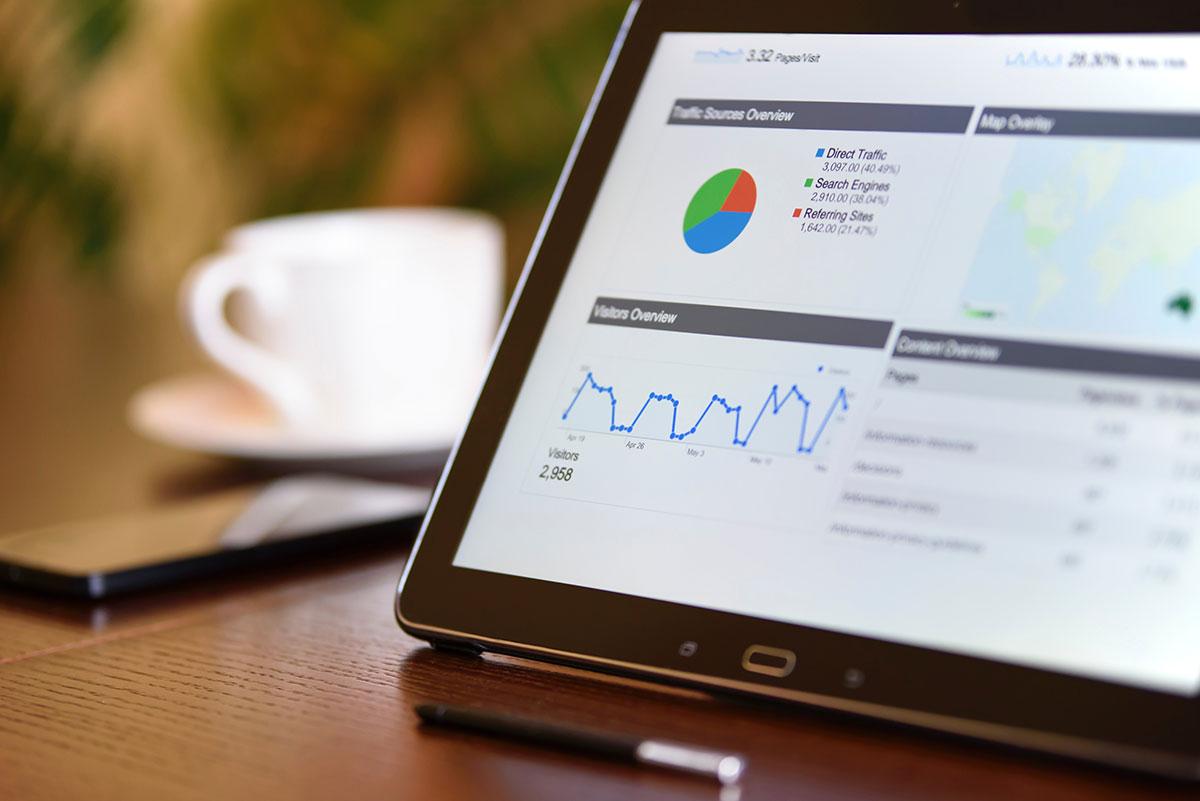 Credit-score-tablet