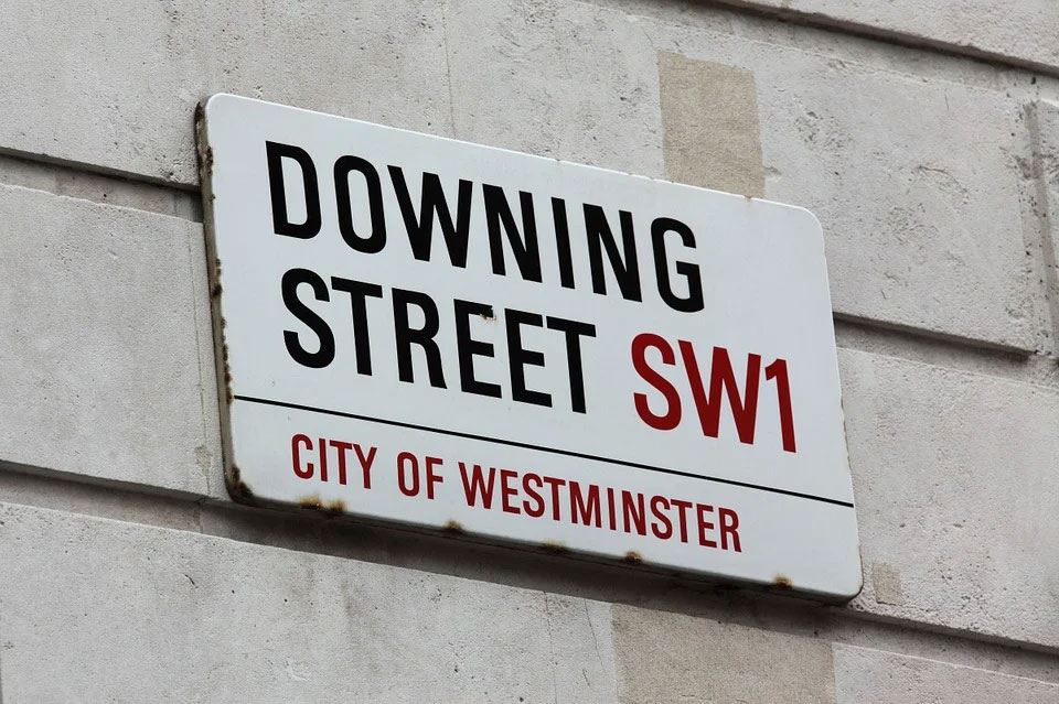 Downing-Street-sign
